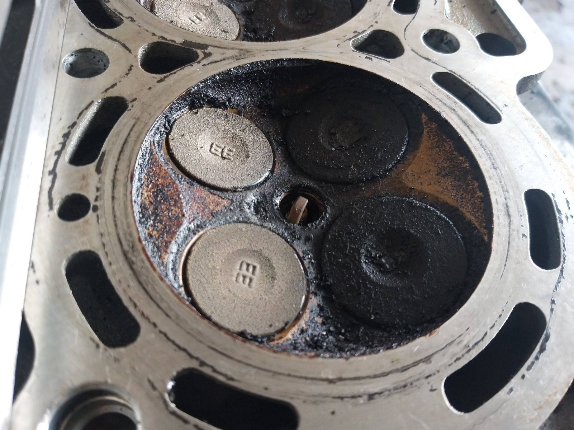 Memperbaiki Drat Busi Mobil Slek Harus Bongkar Mesin, Ini Alasannya