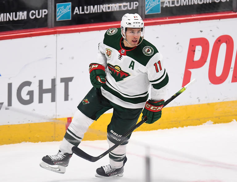 Zach Parise has confirmed he will sign with the Islanders.