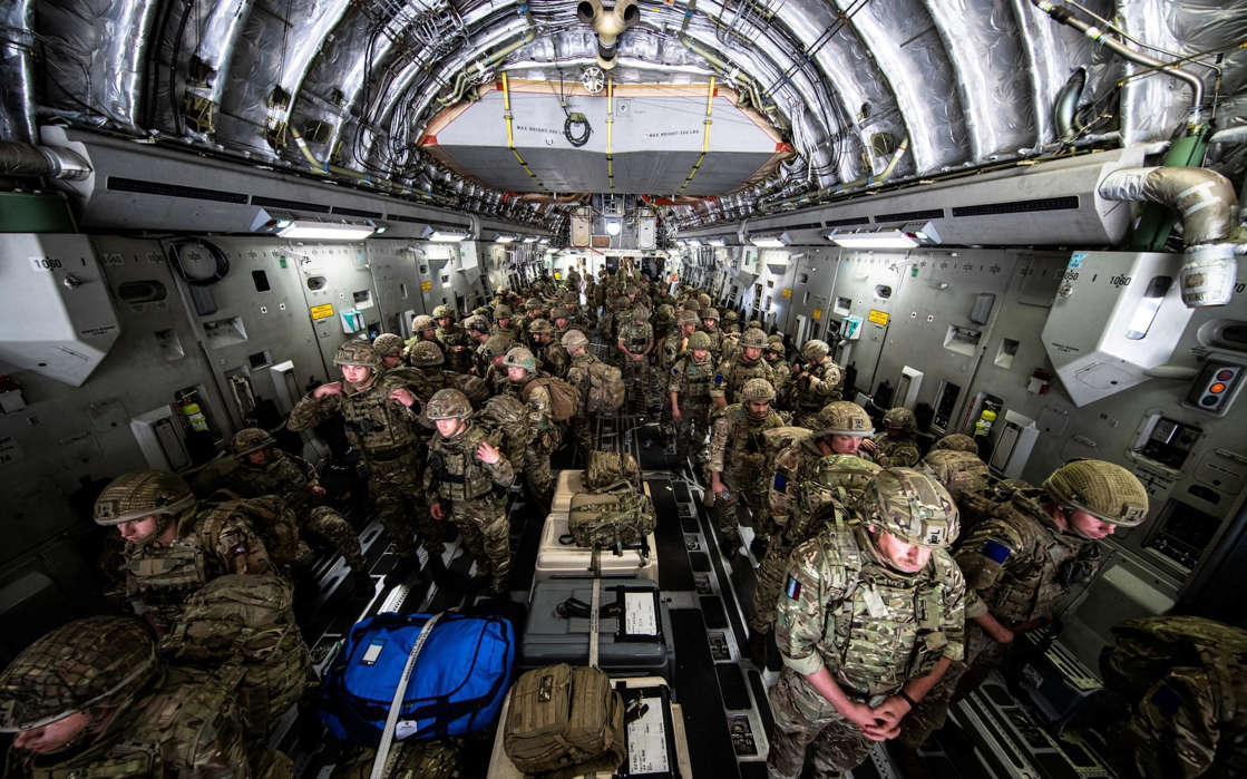 a group of people in a room: Kabul - Ben Shread/RAF/UK Ministry of Defence