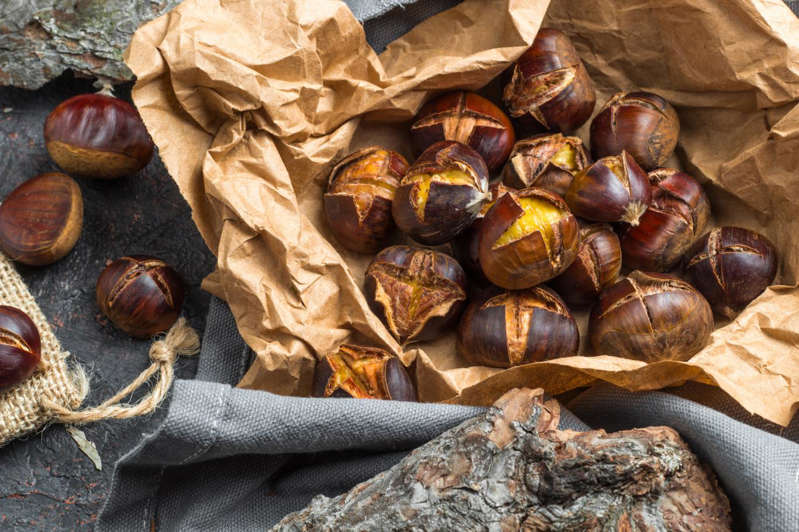 The recipe for baked chestnuts
