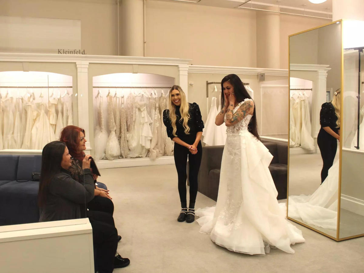 A TikTok famous bride on 'Say Yes to the Dress' said she's looking ...