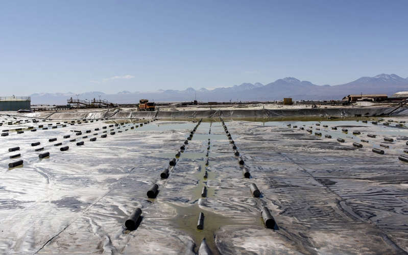 A lithium mine in Chile, currently known to have the world's largest supplies - Cristobal Olivares/Bloomberg
