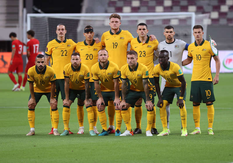 Australia's players pose for a picture during the FIFA World Cup Qatar 2022 Asian qualification football match between Australia and China, at the Qatar Sports Club stadium in Doha, on September 2, 2021. (Photo by KARIM JAAFAR / AFP) (Photo by KARIM JAAFAR/AFP via Getty Images)