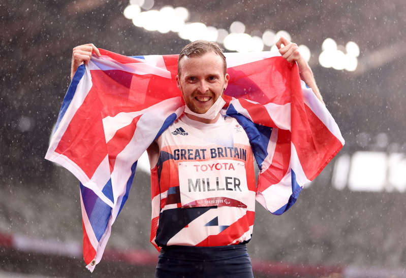 TOKYO, JAPAN - SEPTEMBER 03: Owen Miller of Team Great Britain celebrates winning the gold medal after competing in the Men's 1500m - T20 Final on day 10 of the Tokyo 2020 Paralympic Games at Olympic Stadium on September 03, 2021 in Tokyo, Japan. (Photo by Lintao Zhang/Getty Images)