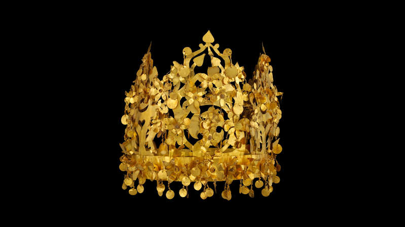 his gold crown was found in a tomb at the site of Tillya Tepe, dating to the first century in Afghanistan. The crown is just one of the many artifacts that are part of the Bactrian Treasure.