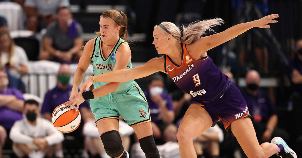 Picture - WNBA playoffs: Late free throw sends Mercury to second round behind Sophie Cunningham's hot hand