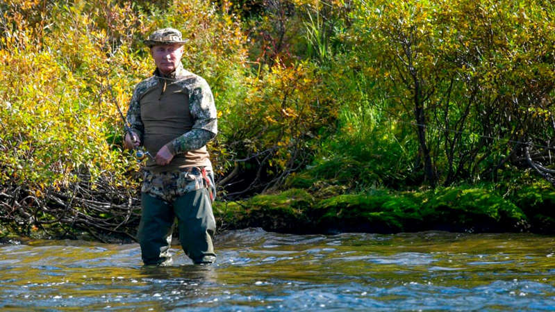 Mr Putin was joined on the fishing trip by defence minister Sergei Shoigu. Pic: AP