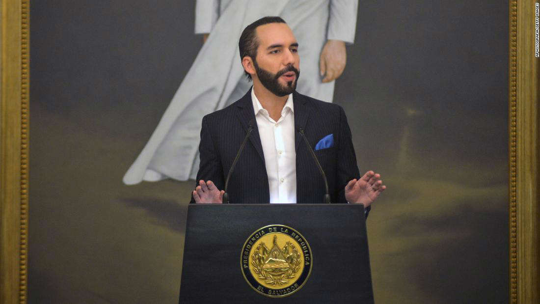 Nayib Bukele wearing a suit and tie: SAN SALVADOR EL SALVADOR - MAY 25: President of El Salvador Nayib Bukele speaks during a reception of the Salvadoran Beach Soccer National Team at Presidential House on May 25, 2021 in San Salvador, El Salvador. The team is now qualified for The 2021 FIFA Beach Soccer World Cup to be played in Russia after winning the CONCACAF Qualifier. (Photo by APHOTOGRAFIA/Getty Images)