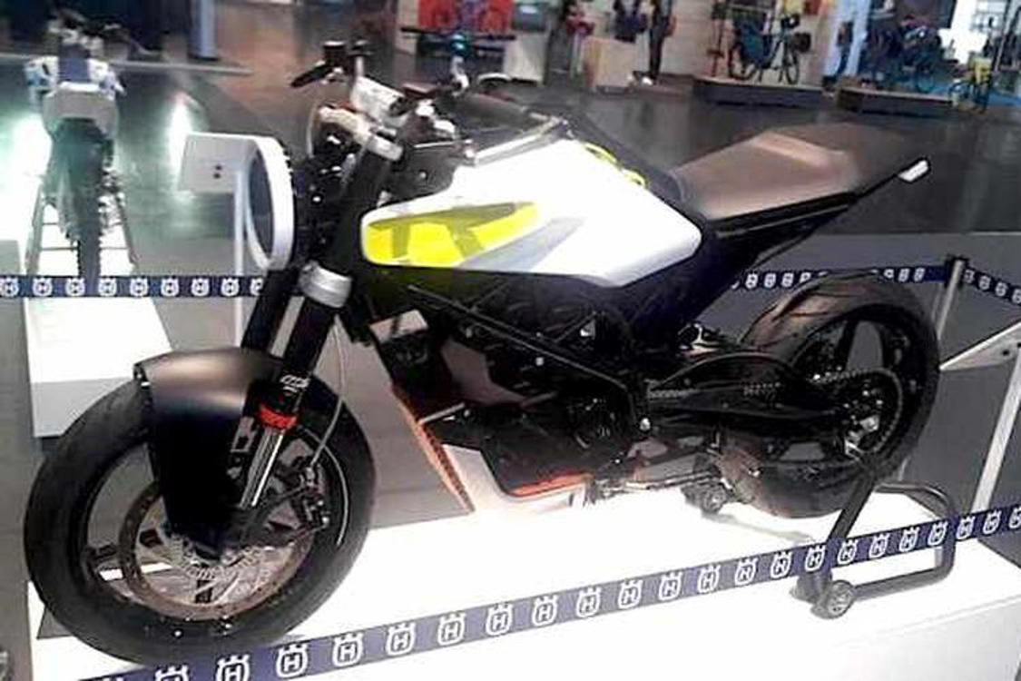 Yamaha Motor Launches MT-10, Flagship Model of MT Series