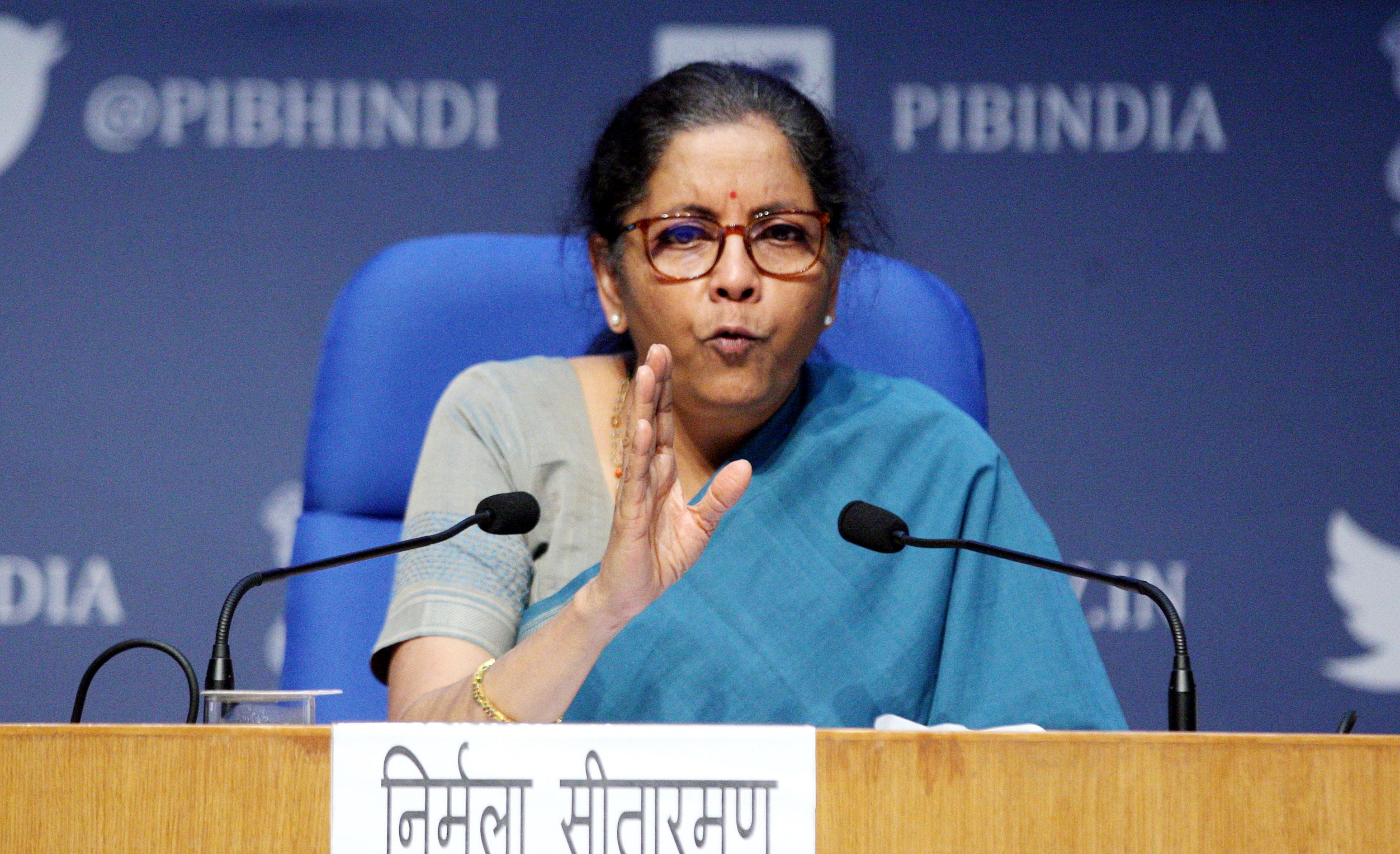 राज्यों की आमदनी में कमी की भरपाई करेगी सरकार, 17 राज्यों को मिलेंगे 9871 करोड़ रुपए