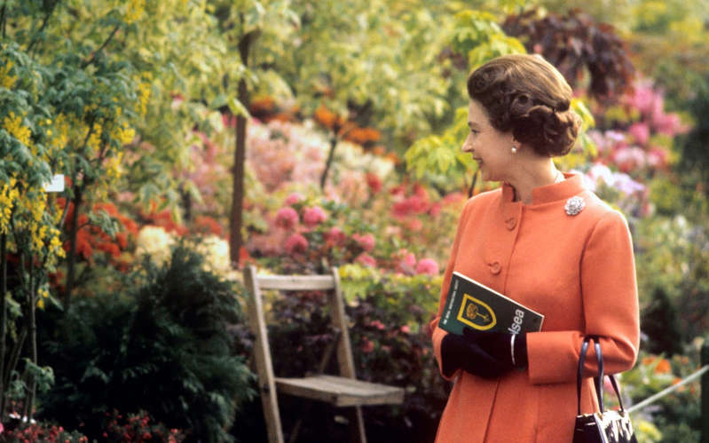 The Queen attends the 1971 Chelsea Flower Show - PA