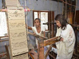 Reliance Retail, designer Ritu Kumar join hands to promote Indian crafts globally