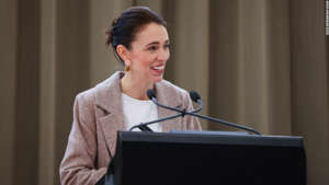 WELLINGTON, NEW ZEALAND - OCTOBER 21: Prime Minister of New Zealand Jacinda Ardern speaks to media during a press conference at Parliament on October 21, 2021 in Wellington, New Zealand. Prime Minister of New Zealand Jacinda Ardern has announced a new free trade agreement with the United Kingdom, which promises zero-tariffs for all New Zealand exports and a $970 million economic boost. (Photo by Hagen Hopkins/Getty Images)