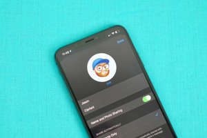 Your iMessage profile allows you to show off your personality. Jason Cipriani/CNET