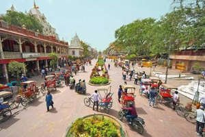 Chandni Chowk is the most preferred destination for shopping and trading in apparel and accessories during weddings and festivals.