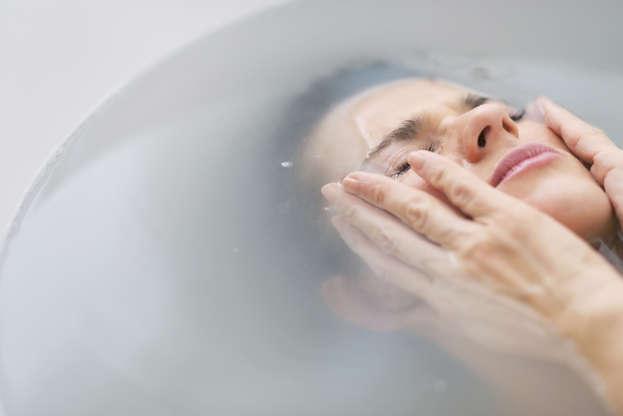 Διαφάνεια 15 από 15: Water Allergy