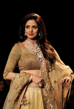 Puli' team treated me like queen off the sets too: Sridevi