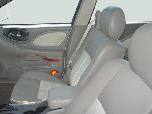 05 pontiac bonneville gxp drivers seat