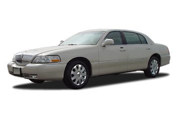 2003 Lincoln Town Car Signature Touring Sedan Specs And Features
