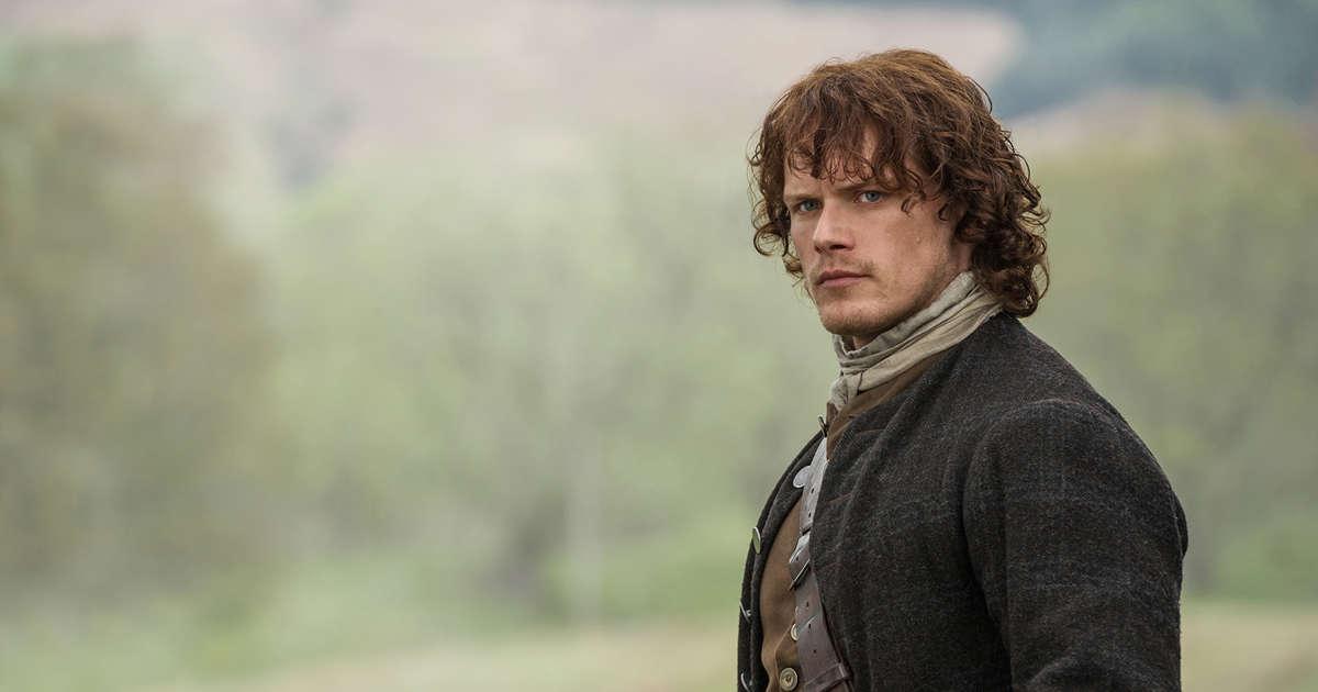 Outlander's Sam Heughan Is Dating Twin Peaks' Amy Shiels!