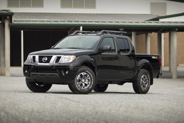 """2016 nissan frontier: the """"i'm still here!"""" truck gets new pricing"""