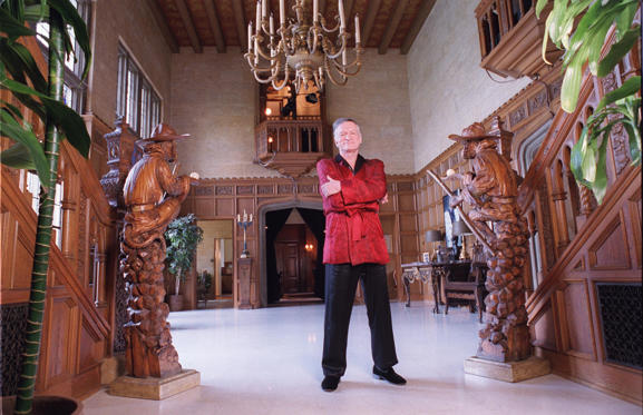 Slide 22 dari 28: 2/17/99 Holmby Hills, CA. Hugh Hefner at his Playboy Mansion.