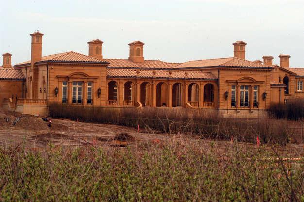 Διαφάνεια 11 από 14: 10. Four Fairfield Pond, New York, USA. Worth: $248.5 million
