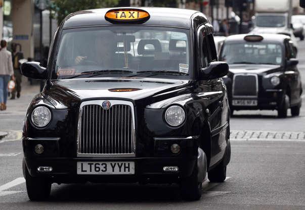 Διαφάνεια 10 από 20: A judge has opened doors by ruling that the shape of a traditional London black cab is not distinctive following a trademark dispute, a legal expert has said.