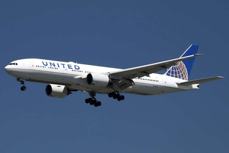 Τα μεγαλύτερα αεροπορικά ταξίδια του κόσμου. Εκεί όπου τα σύννεφα θα... βαρεθούν να σε βλέπουν! (Photos)