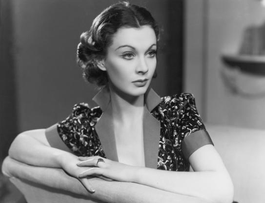 Διαφάνεια 5 από 45: English actress Vivien Leigh (1913 - 1967), 1937. (Photo by Sasha/Hulton Archive/Getty Images)