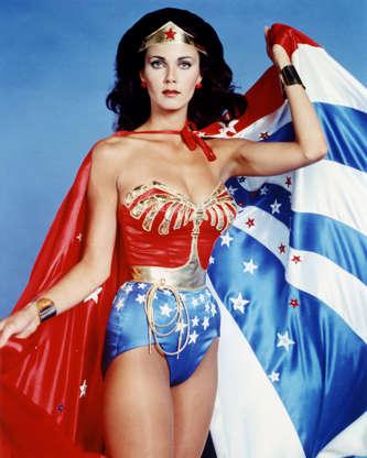 Διαφάνεια 42 από 45: Lynda Carter, US actress, in costume in a studio portrait issued as publicity for the US television series, 'Wonder Woman', USA, circa 1977. The television series, based on the DC Comics character, starred Carter as 'Wonder Woman'. (Photo by Silver Scree