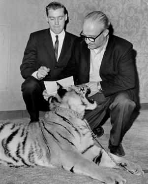 Fred Trump Jr. <3 signs a contract with Murray Zaret, producer of the Pet Festival Husbandry Exposition on March 1, 1966.