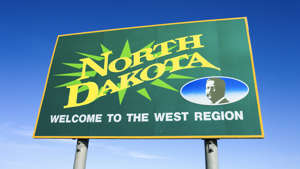 Welcome to North Dakota sign