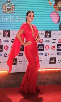 988fbfddd Sin censura! Los mejor y peor vestidos de la gala de Viña 2017 en 60 ...