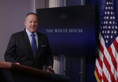 Spicer tells CNN why he resigned (video)