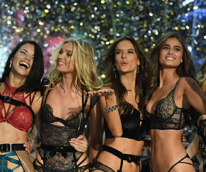 Here Are The Models Walking In The 2017 Victoria's Secret