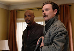"LETHAL WEAPON: Pictured L-R: Damon Wayans and Clayne Crawford in the ""A Problem Like Maria"" episode of LETHAL WEAPON"