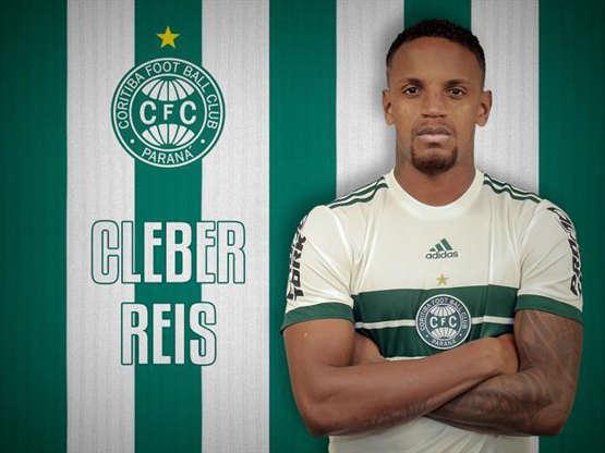Slide 2 de 110  Veja os reforços do seu time para o Brasileirão 884db80280230
