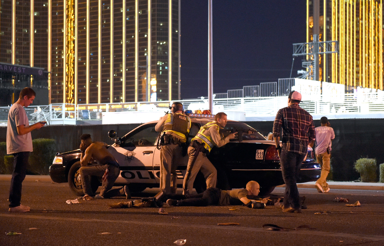 Resultado de imagem para Tiroteio deixa dezenas de feridos em Las Vegas (EUA)