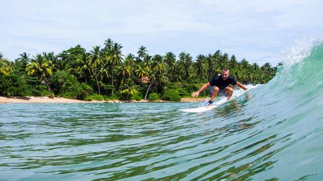 Resort Ini Tawarkan Pengalaman Berselancar Terbaik di Sri Lanka