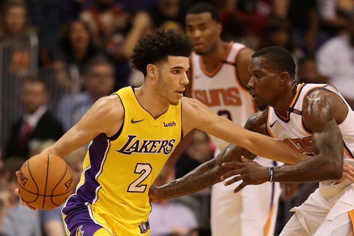 PHOENIX, AZ - OCTOBER 20: Lonzo Ball #2 of the Los Angeles Lakers handles the ball under pressure from Eric Bledsoe #2 of the Phoenix Suns during the second half of the NBA game at Talking Stick Resort Arena on October 20, 2017 in Phoenix, Arizona. The Lakers defeated the Suns 132-130.
