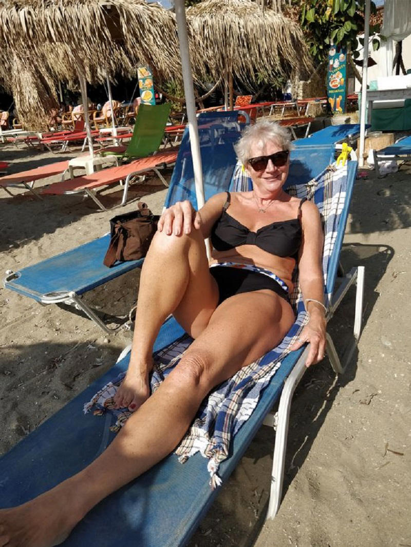 After landing in Crete, Karon avoided long waiting times for her luggage when she was handed her suitcase right from the plane