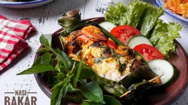 Nasi Bakar Seafood Kaya Rempah, Terasa Beda