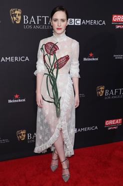Slide 11 de 18: Mandatory Credit: Photo by Matt Baron/REX/Shutterstock (9309004jd) Rachel Brosnahan BAFTA Tea Party, Los Angeles, USA - 06 Jan 2018 WEARING CHRISTOPHER KANE