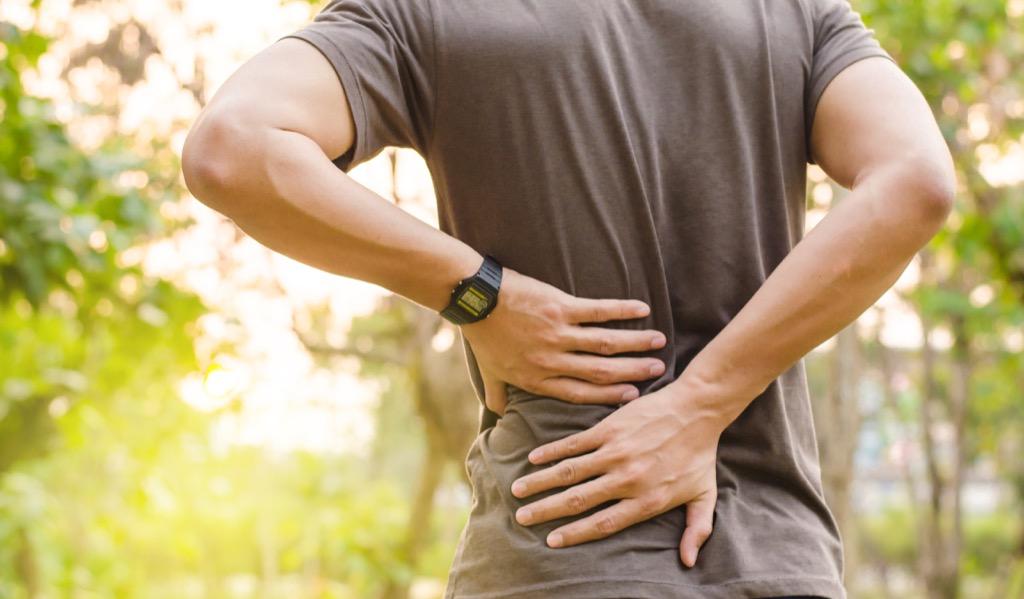 Dolor de espalda perdida de peso y malestar