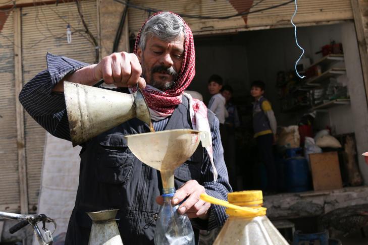 سوريا وهنا حياة السوريين اثناء