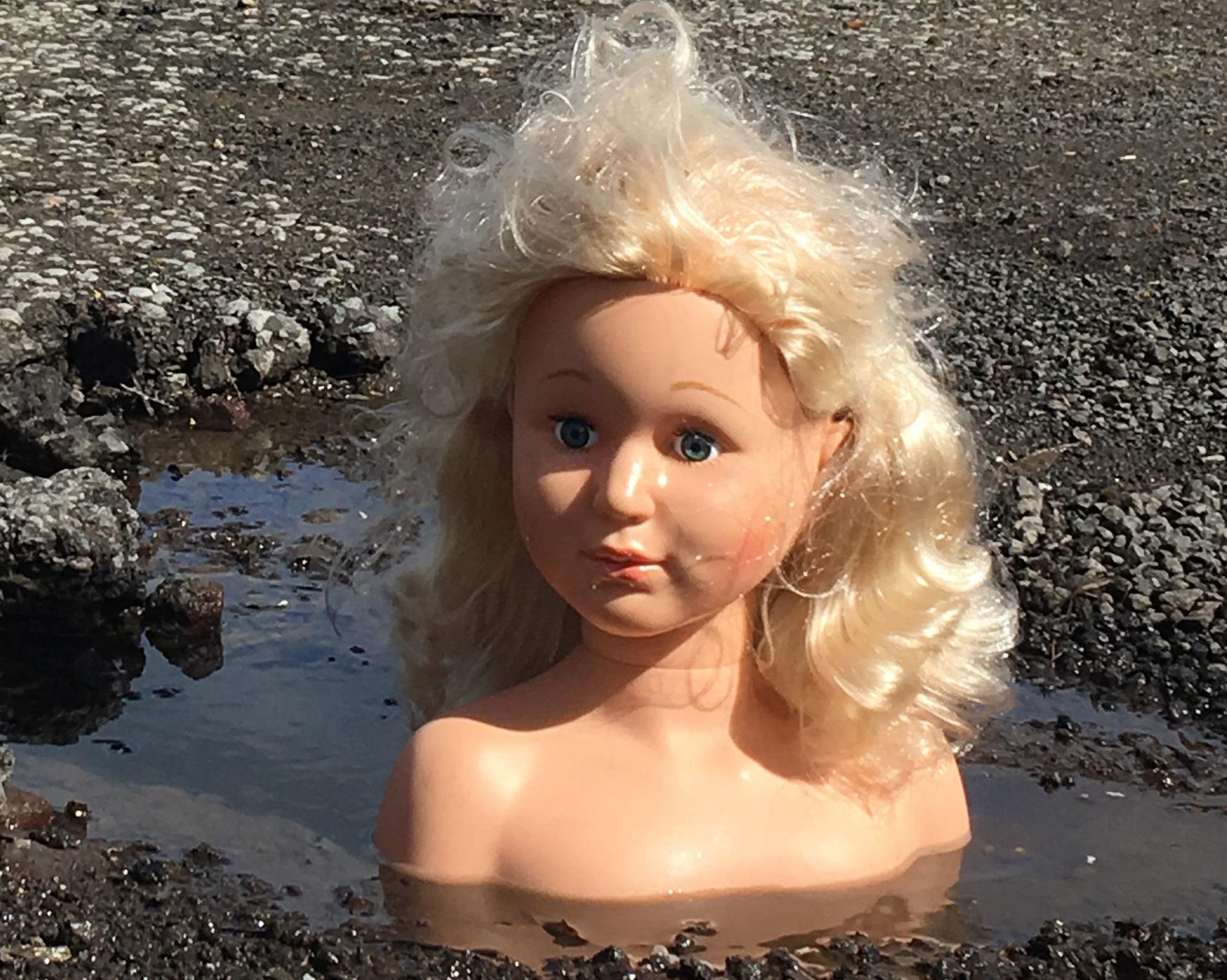 Blonde girl ukraine dating 891