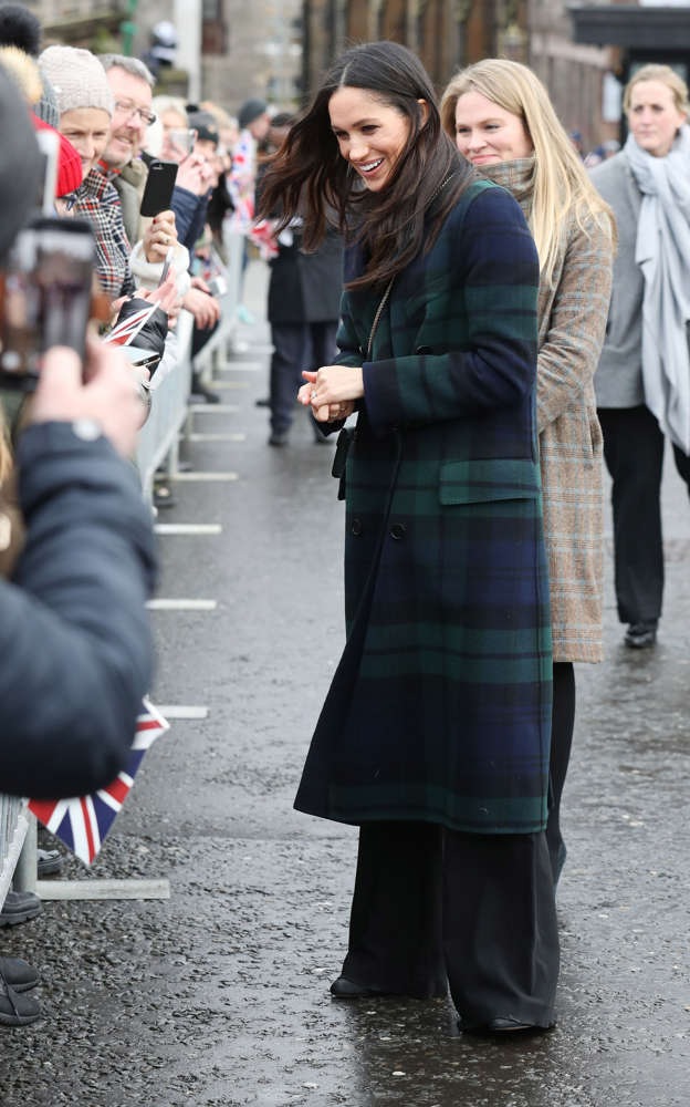 e028f41db2959 Meghan Markle during a walkabout on the esplanade at Edinburgh Castle