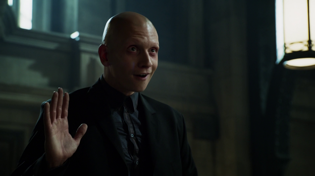 Gotham unveils first look at Batman ahead of final episodes