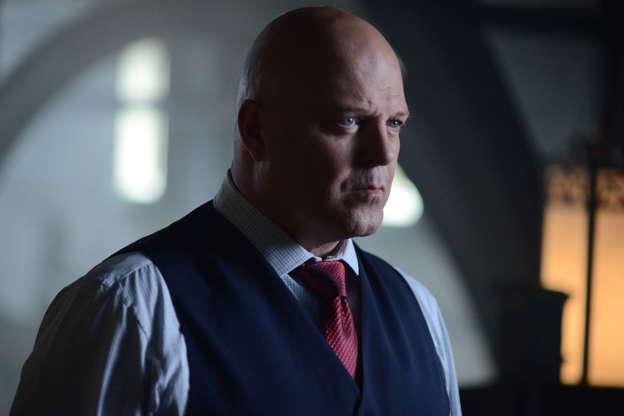 Gotham unveils first look at Batman ahead of final episodes